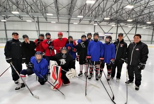Des Français venus apprendre le hockey à Varennes