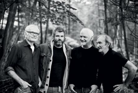 Des Airs d'été Desjardins présentent M. Chandler : Ian Kelly et Magneto Trio