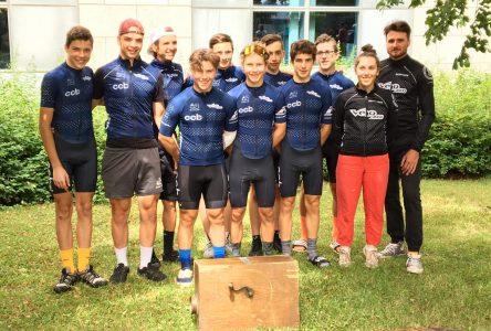 Huit coureurs de Boucherville ont pédalé à fond au Tour de l'Avenir Makadence