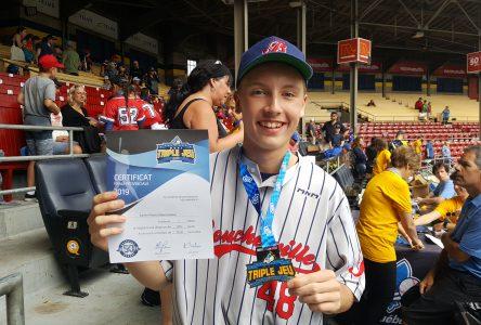 Une médaille d'or pour Xavier Potvin Désormeaux au Défi Triple jeu de Baseball Québec
