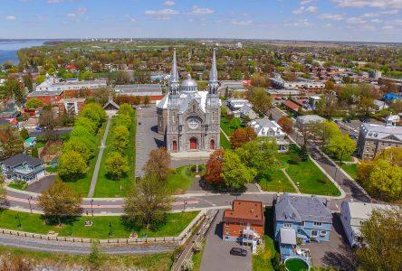 372 750 $ dans la conservation et la protection du patrimoine religieux à Varennes et  Verchères