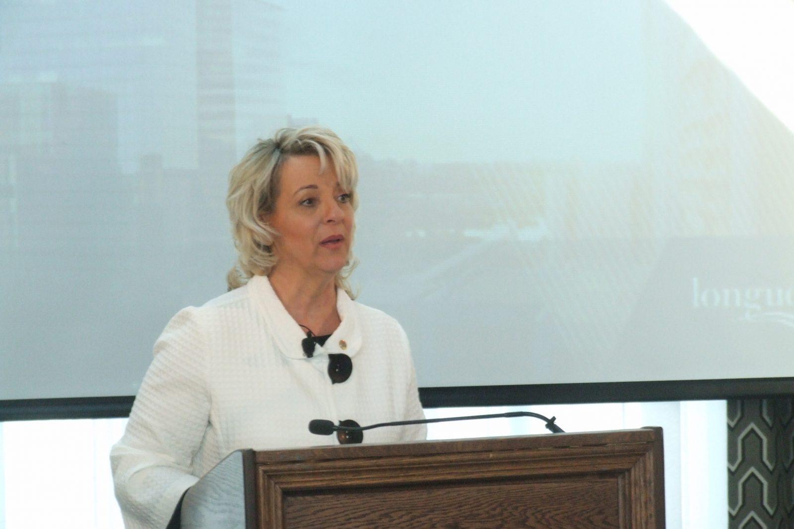 Financement des corps de police municipaux : la mairesse Sylvie Parent appuie sans réserve la demande de la FPMQ