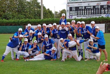 Championnats nationaux de baseball : un entraineur et trois joueurs de l'école De Mortagne parmi les champions