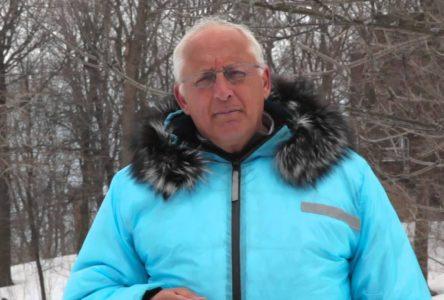 Conférence de Bernard Voyer sur les changements climatiques à l'école De Mortagne le 7 novembre