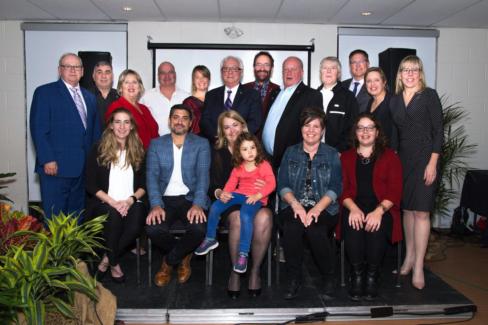 Quatre nouveaux Grands Julievillois honorés pour leur contribution à la communauté