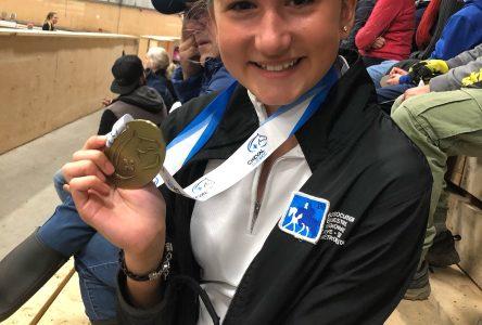 Jeux équestres du Québec : Les Julievilloises Alice Mazur et Léonie Curadeau remportent des médailles
