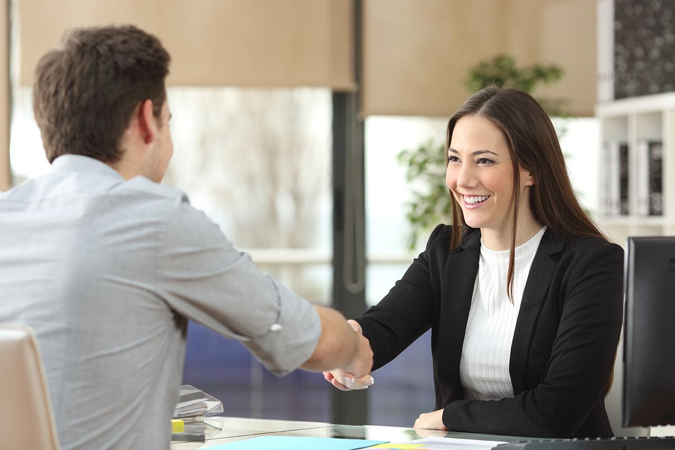 Lancement d'une campagne pour aider les femmes à se dénicher un emploi