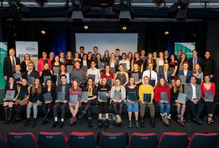 Plus de 50000$ remis en bourses à des étudiantspour souligner leur excellence et leur engagement