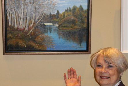 L'artiste Suzanne Beauclair expose ses oeuvres au bureau de la députée Dansereau