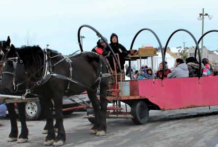 Près de 400 personnes profitent des joies de l'hiver à Contrecoeur