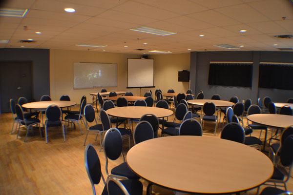Modification à l'horaire du point de service de la réception du Centre multifonctionnel Francine-Gadbois à compter du 2 février