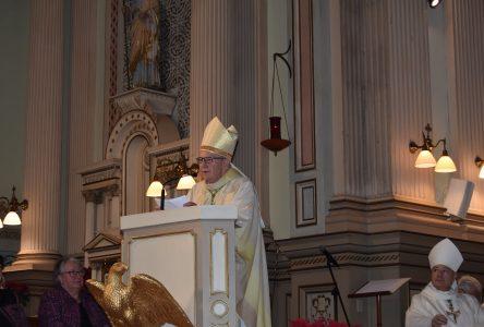 Mgr Claude Hamelin remplace Mgr Gendron à titre d'évêque du diocèse de Saint-Jean-Longueuil