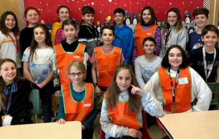 Une escouade de «Jeunes leaders» à l'école du Carrousel à Varennes