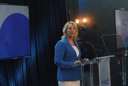 La mairesse Sylvie Parent envisage l'implantation d'un tramway au centre du développement à long terme de Longueuil