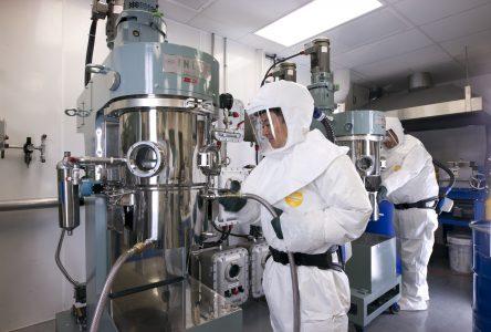Hydro-Québec et Mercedes-Benz s'associent pour développer une nouvelle génération de batterie au lithium
