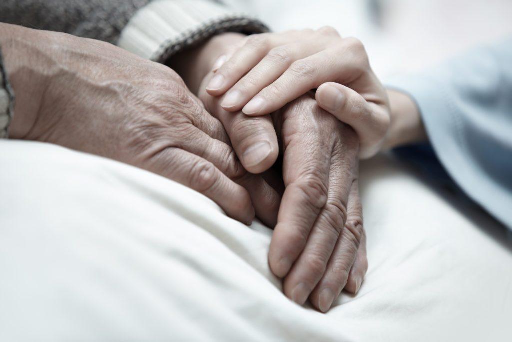 Plus de 700 personnes âgées attendent un lit en CHSLD en Montérégie