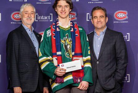 Un Julievillois parmi les athlètes-étudiants les plus prometteurs en hockey