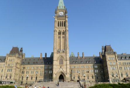 Coronavirus : le Parlement suspend ses travaux, mais le Bloc sera vigilant