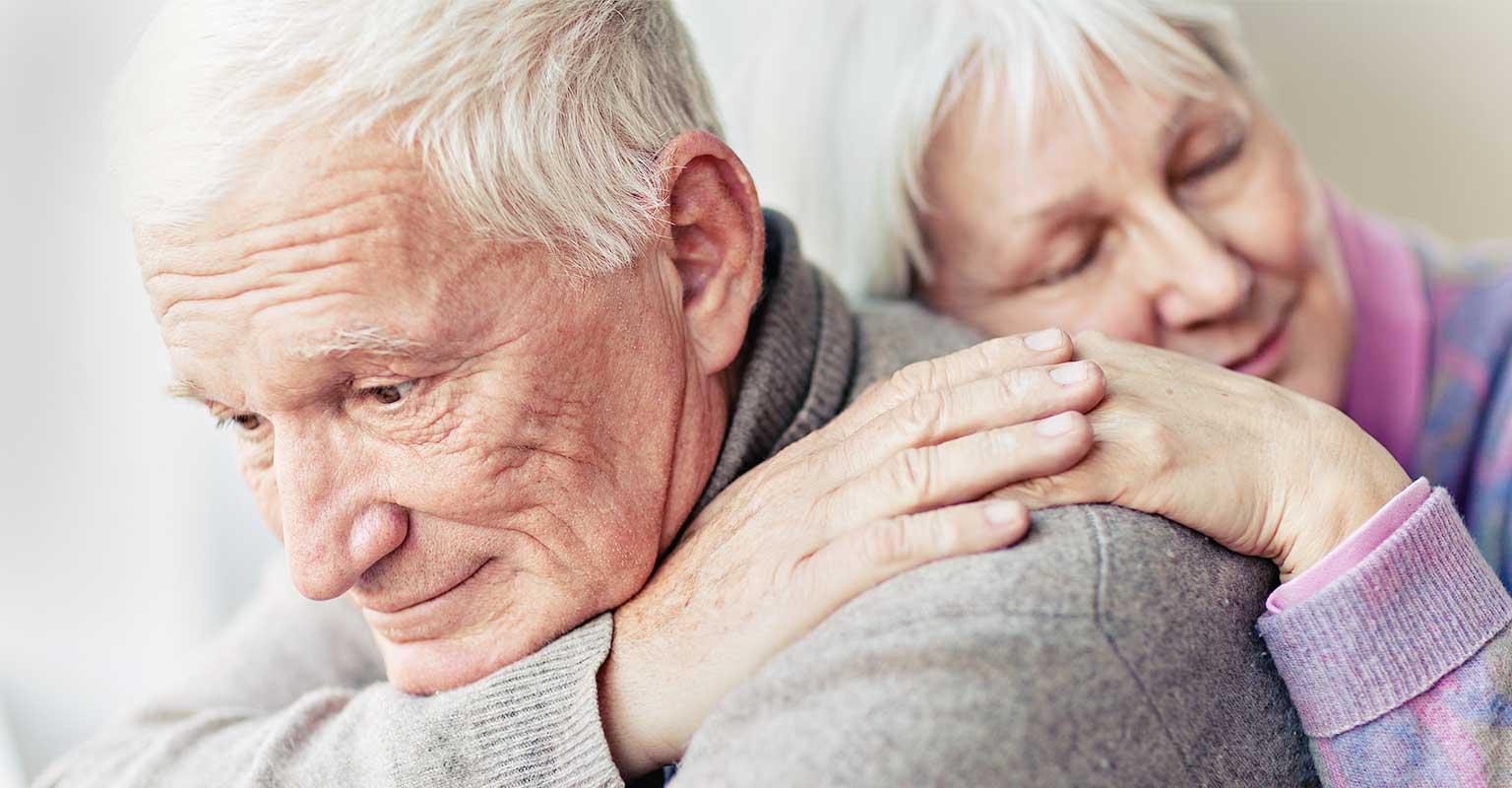 COVID-19 : les proches aidants s'éreintent à domicile