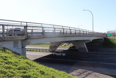 Réfection du pont d'étagement du boulevard De Montarville, au-dessus de la route 132