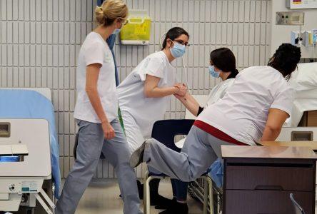 Une formation sur mesure pour les travailleurs de la santé par les professeures en Soins infirmiers du Cégep
