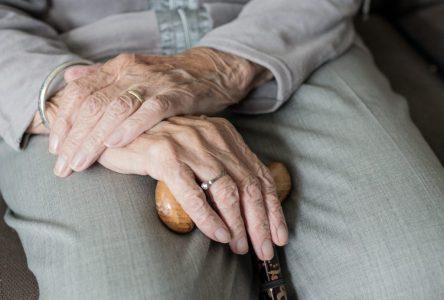 Le RQRA déplore le grand nombre d'erreurs au tableau concernant les résidences pour aînés