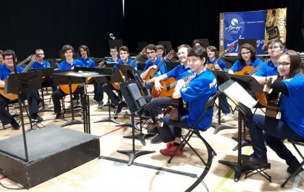 L'or pour le profil guitare de l'école secondaire du Grand-Coteau à Sainte-Julie