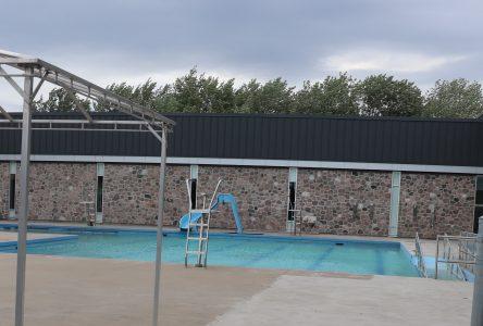 Les piscines extérieures rouvrent en mode COVID-19