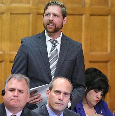 Le député Xavier Barsalou-Duval se place en isolement préventif