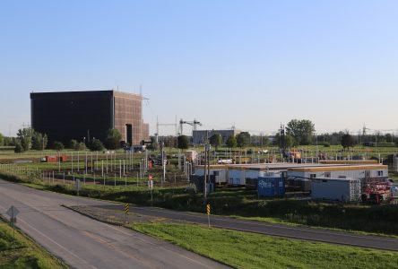 Hydro-Québec construit sa centrale solaire à Varennes