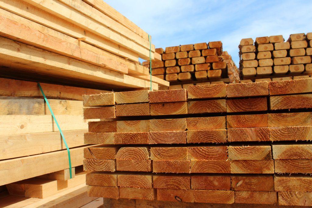 Conflit sur le bois d'œuvre: un milliard de raisons de se battre pour l'industrie forestière québécoise