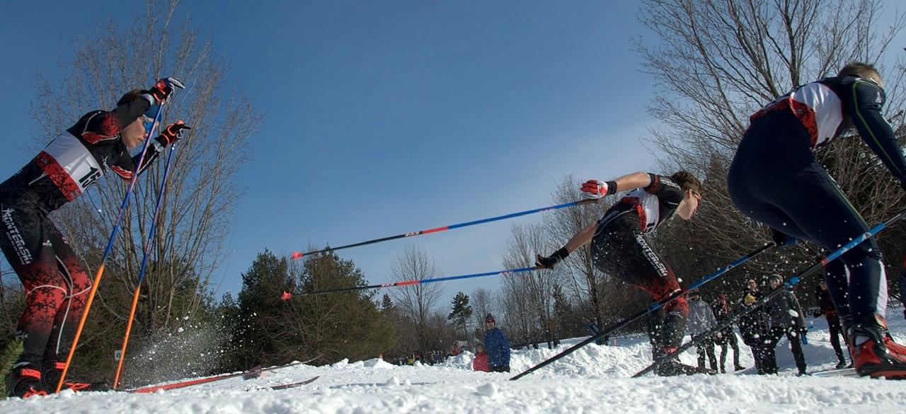 Le ski de fond, un sport qui respecte la distanciation physique