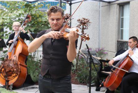L'Orchestre symphonique de Longueuil en concert privé dans un CHSLD de Boucherville
