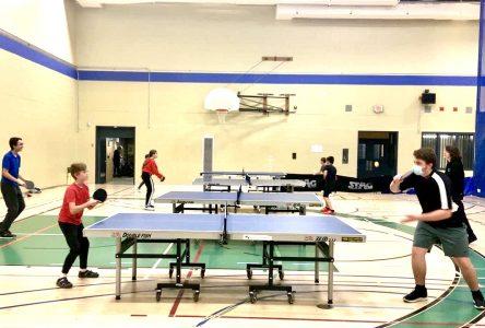 Le club de tennis de table de Boucherville de nouveau au jeu!