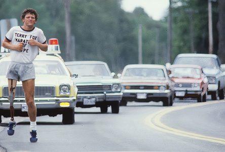 Marche Terry Fox: L'espoir, toujours vivant, 40 années plus tard