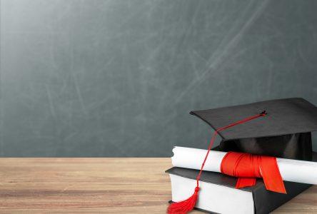 Le taux de diplomation au secondaire bat des records et s'établit à 83,7 %