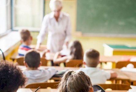 Les enseignants nouvellement retraités invités à prêter main-forte