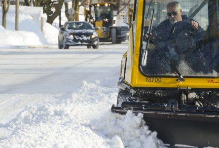 Le règlement sur le stationnement de nuit en saison hivernale débute le 1er décembre à Varennes