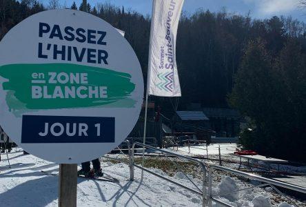 « Du monde à la messe », en  zone blanche, cet hiver ! : les  ventes de passes de saison de ski explosent