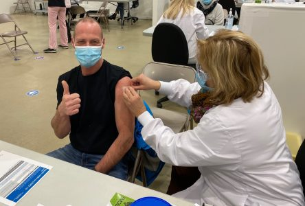 COVID-19: début de la vaccination en Montérégie