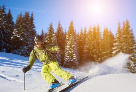 Les stations de ski de la région doivent stopper la vente des passes de saison