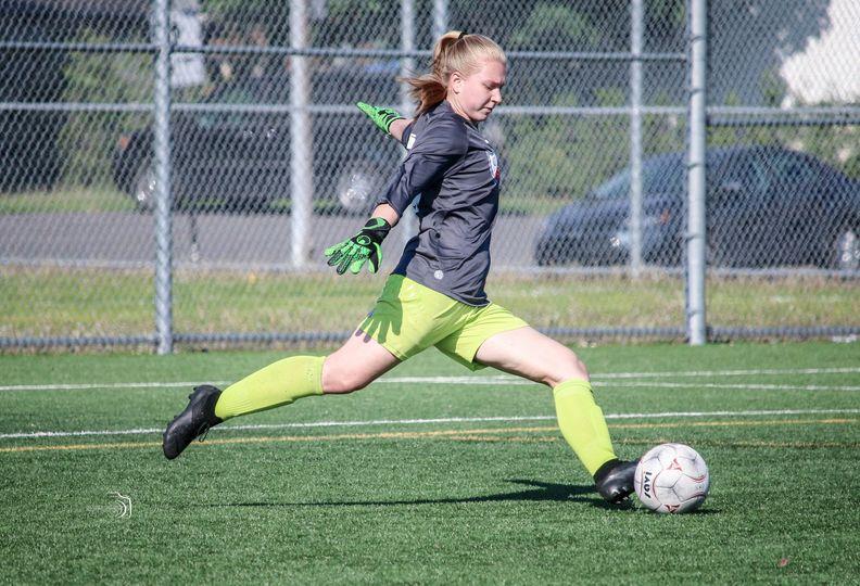Une bourse d'excellence et un objectif : jouer au soccer avec une université américaine