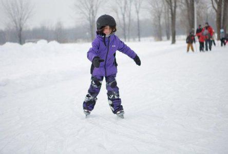 Prêt de patins pour enfant au par Le Rocher à Saint-Amable