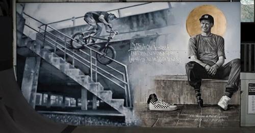 Rider de l'année en BMX décédé à l'âge de 27 ans : Un livre et une grande murale au TAZ en souvenir du Bouchervillois Pascal Lafontaine