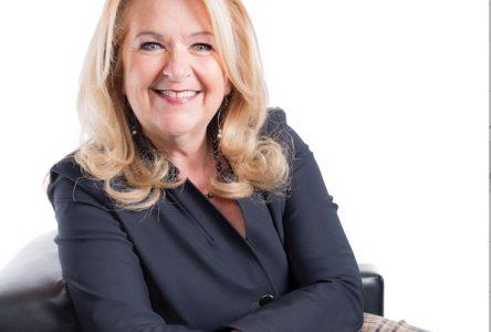 Après 25 ans de politique municipale, la mairesse Suzanne Roy annonce qu'elle ne se représentera pas aux prochaines élections
