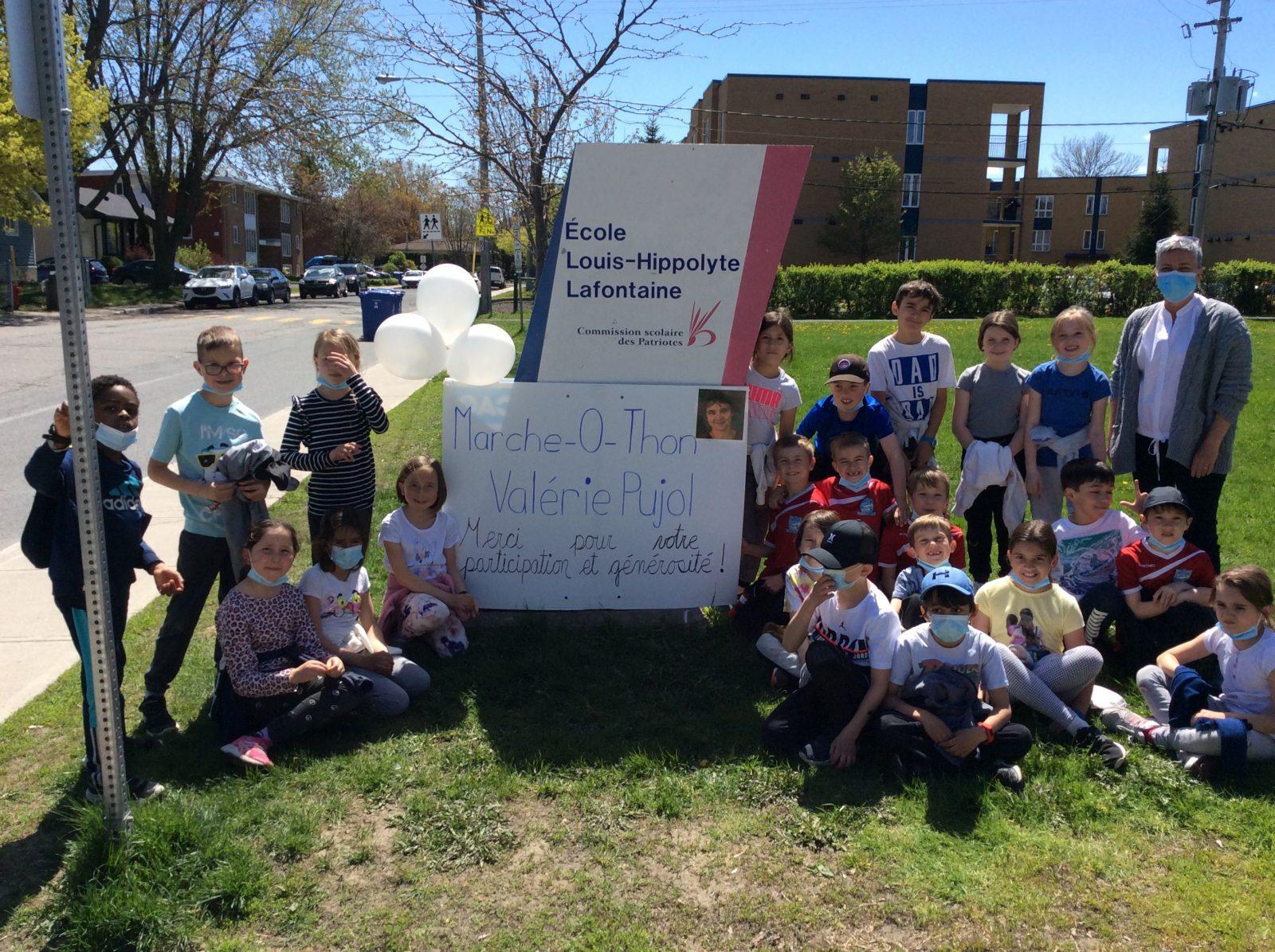 L'école Louis-Hippolyte-Lafontaine marche pour Valérie Pujol