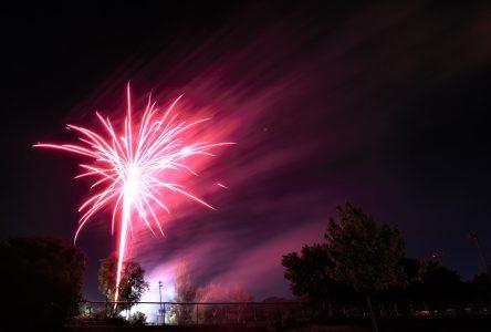 Fête nationale : des feux d'artifice qui en mettent plein la vue à Boucherville