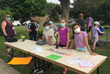 Les élèves De La Broquerie financent leurs activités grâce au succès de La Jardinerie