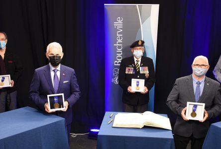Ordre du mérite : cinq récipiendaires d'exception pour 2020-2021