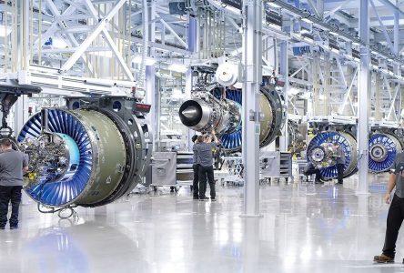 De l'aide à Pratt & Whitney pour développer des moteurs d'avion hybride électrique